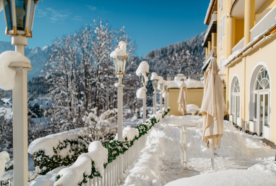 Grand Hotel Sonnenbichl terrace winter