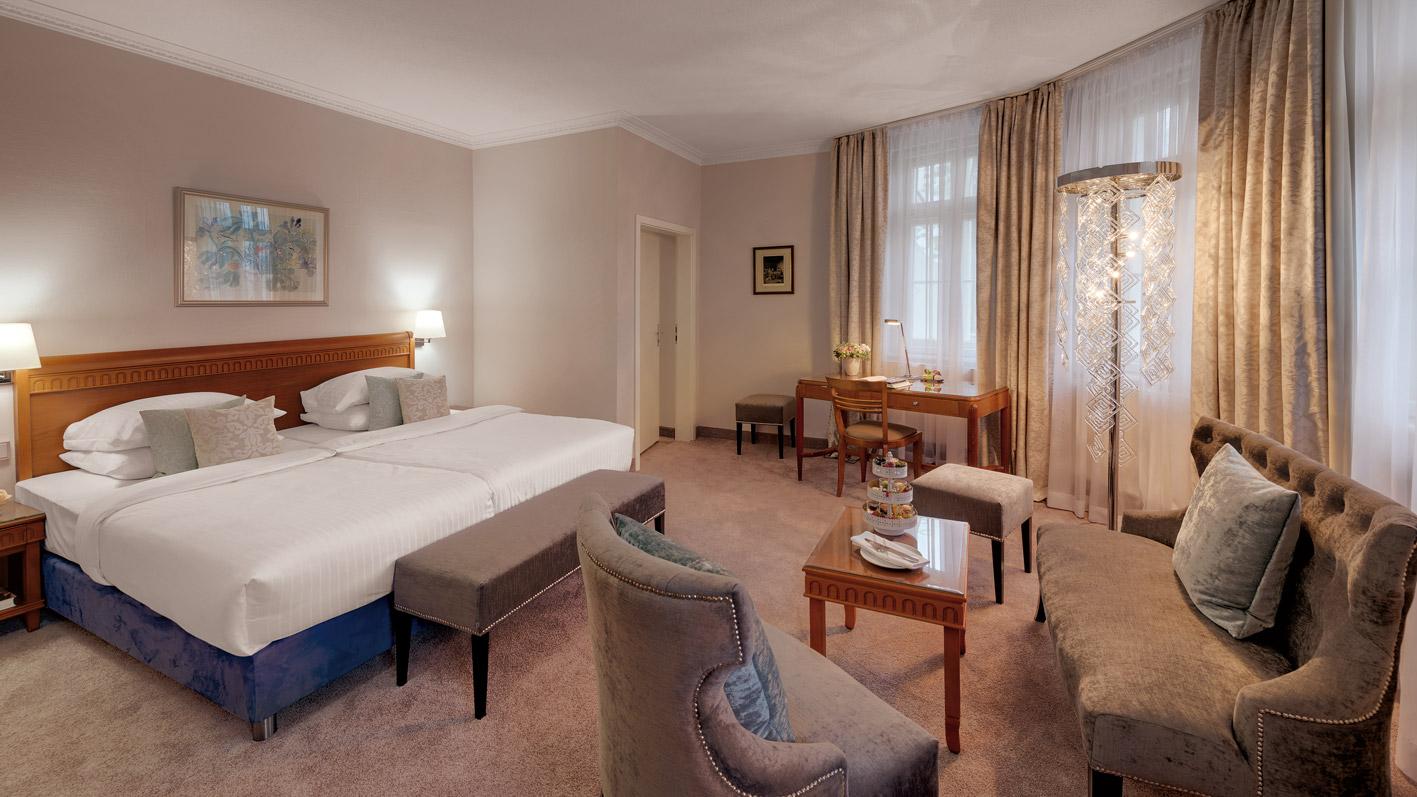 room premium deluxe hotel Garmisch